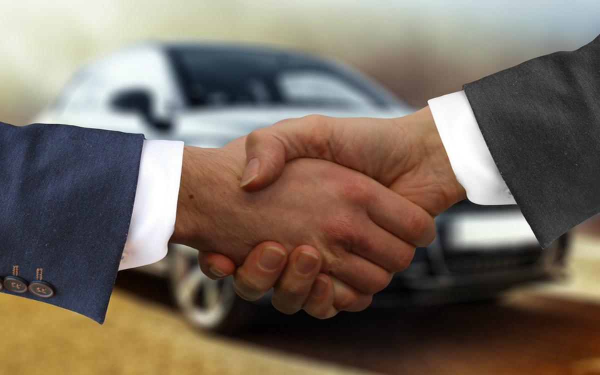Przegląd samochodu przed zakupem